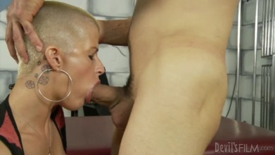 A busty big boobs blonde Joslyn James in this hardcore anal porno video