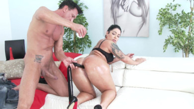 Video porno anal Monica Santiago picked up in the street for rough anal fucking