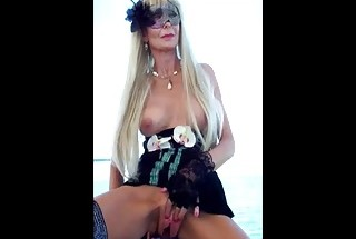 Countess squirting in Aloha dress