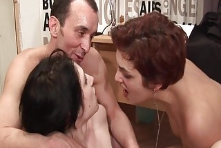 Tight skinny girl helping due fuck loose wife with her fist.